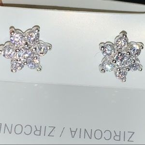 LOTUS FLOWER CZ STAMPED 925 STUDS FOR LIFE❤️